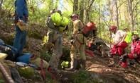 Mỹ giải cứu thành công 5 người mắc kẹt trong hang động