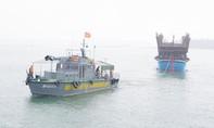 Tàu cá cùng 52 ngư dân gặp nạn trên vùng biển Hoàng Sa