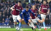 Hazard lập cú đúp, Chelsea leo lên vị trí thứ ba