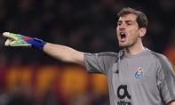 Thủ môn Casillas đi cấp cứu khi đang tập luyện vì đau tim