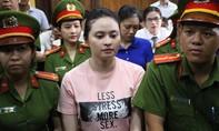 Sau khi xét hỏi hotgirl Ngọc Miu, tòa trả hồ sơ để điều tra bổ sung