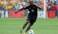 """Thích thú với pha """"múa bóng"""" của cầu thủ Nam Phi"""