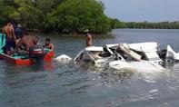 Máy bay lao xuống biển, 5 người thiệt mạng