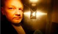 """Nhà sáng lập WikiLeaks: Việc tôi làm giúp bảo vệ """"nhiều người"""""""