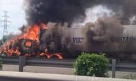 Xe container cháy dữ dội trên cao tốc TP.HCM - Long Thành - Dầu Giây