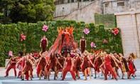 Vũ hội Ánh Dương - ấn tượng trong từng bộ trang phục cầu kỳ
