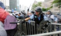 Đụng độ tiếp diễn ở Hong Kong: Cảnh sát bắn đạn cao su giải tán biểu tình