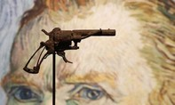 Khẩu súng 'đoạt mạng' Van Gogh được bán với giá gần 150.000 USD