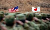 """Trump """"đánh tiếng"""" muốn rút khỏi hiệp ước quốc phòng với Nhật"""