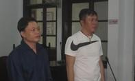 """Hai thanh niên đi tù vì """"truy sát"""" du khách đến tận bệnh viện"""