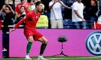 Clip Ronaldo lập hat-trick, Bồ Đào Nha vào chung kết Nations League