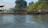 Cát tặc ở Sài Gòn táo tợn tông thẳng thuyền vào canô Công an