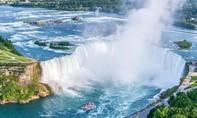 Sống sót kỳ diệu dù ngã từ thác nước cao gần 60m ở Mỹ
