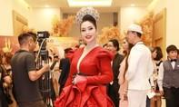 Hoa hậu Vũ Thanh Thảo đẹp rạng rỡ với đầm dạ hội