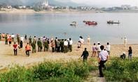 Bốn sinh viên bị dòng nước xoáy cuốn tử vong trên sông Đà