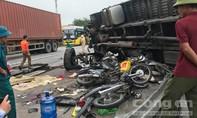 Hiện trường tang tóc vụ 5 người bị xe tải tông tử vong