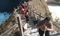 Du khách Việt thiệt mạng ở Bali vì cơn sóng bất chợt cao 6m