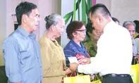 Nam A bank Tiền Giang tri ân gia đình liệt sĩ, người có công với cách mạng