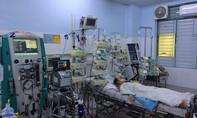 Dùng 'tim, phổi nhân tạo' đưa bé gái từ cõi chết trở về