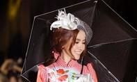 Hoa hậu Phan Thị Mơ đội mấn hơn 8kg làm vedette thời trang