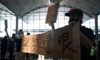 Người biểu tình chiếm sân bay Hong Kong, tất cả chuyến bay bị huỷ