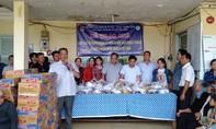 Tặng 300 phần quà cho hộ nghèo ở An Giang