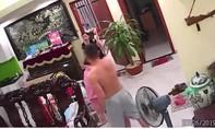 Phẫn nộ clip chồng đánh vợ dã man, dù vợ đang bế con 2 tháng tuổi