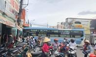 Xe khách tông hai 2 xe máy, 1 người tử vong