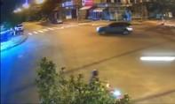 Say xỉn lái xe Mercedes quay 3 vòng rồi gây tai nạn