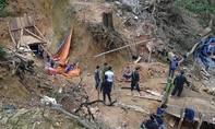 Hơn 100 phu vàng phải rời khỏi mỏ vàng Bồng Miêu