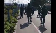 Clip bạo loạn sắc tộc ở Indonesia, ít nhất 20 người chết