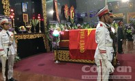 Đại tá phi công Nguyễn Văn Bảy được an táng tại quê nhà