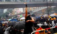 Báo Trung Quốc: Ngừng thách thức sự kiên nhẫn của chính quyền trung ương