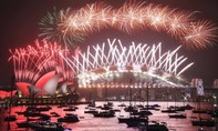 Clip pháo hoa rực rỡ tại London, Sydney, Dubai, Paris