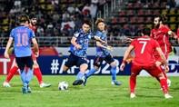 Người hâm mộ Nhật tức giận khi đội nhà bị loại từ vòng bảng