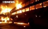 Cháy xe buýt ở Ấn Độ, 41 người thương vong
