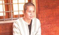 Chém vợ suýt chết vì thua bạc, rồi mua thuốc trừ sâu uống