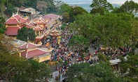 Hơn 500 ngàn lượt khách hành hương về Núi Bà Đen dịp Tết
