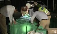 Kiểm tra giao thông, phát hiện xe tải chở gần 20.000 gói thuốc lá lậu
