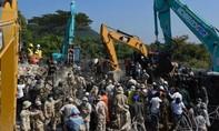 Sập khách sạn đang xây ở Campuchia, 36 người chết