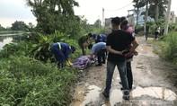 Phát hiện một phụ nữ mặc đồ phật tử chết dưới sông Vàm Thuật