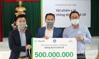 Manulife Việt Nam đóng góp gần 3,5 tỷ đồng cho tuyến đầu chống dịch