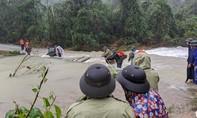 Đã đưa được 3 thi thể công nhân thủy điện bị vùi lấp ra ngoài