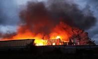 """""""Bà hoả"""" thiêu rụi nhà xưởng tại BR-VT, thiệt hại lớn về tài sản"""