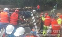 Vượt lũ, băng rừng đưa thi thể thứ 2 ra khỏi thủy điện Rào Trăng 3