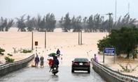QL1A và đường Hồ Chí Minh qua Quảng Bình, Hà Tĩnh ngập hơn 1m