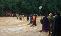 Cắt rừng vượt suối đưa Đại uý Công an hy sinh khi đi cứu dân về TP.Đông Hà