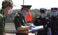 Trung Quốc trao trả 23 công dân nhập cảnh trái phép về Việt Nam