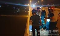 Một người nhảy sông Sài Gòn tự tử trong đêm, nghi do nợ nần