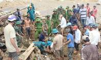 Clip tìm kiếm các nạn nhân trong vụ sạt lở ở Trà Leng